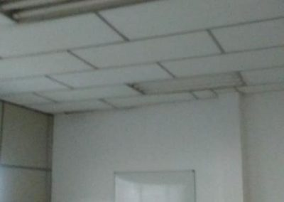 Inicio de instalação de lumináris.